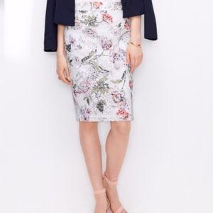 Ann Taylor  Floral Eyelet Pencil Skirt Size 4